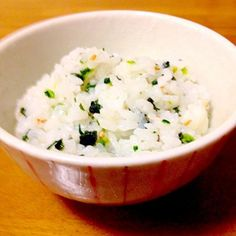 菜飯も、わかめご飯も好きなので一緒にしました。 - 62件のもぐもぐ - 菜っ葉とわかめの混ぜご飯 by mayumi0525