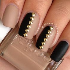 We love these nude & black studded nails by lineullehus - perfect for the nude trend this season...x