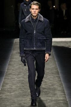 Brioni Fall 2015 Menswear collection, runway looks, beauty, models, and reviews.