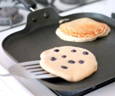Oatmeal Cottage Cheese Banana Pancakes {high in protein, gluten-free}   Ambitious Kitchen