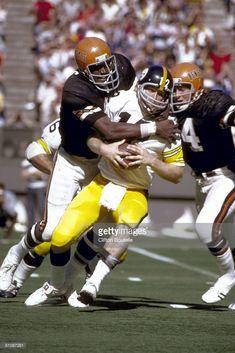 Pittsburgh Steelers quarterback Terry Bradshaw is sacked by the Cincinnati Bengals in a victory on November 1975 in Riverfront Stadium in Cincinnati, Ohio. Football Uniforms, Football Memes, School Football, Football Jerseys, Football Players, Cincinnati Bengals, Pittsburgh Steelers, Vintage Football