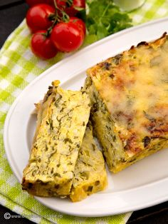 BUDINCA DE DOVLECEI CU CASCAVAL SI OREZ | Diva in bucatarie Baby Food Recipes, Cooking Recipes, No Cook Appetizers, Romanian Food, Lasagna, Quiche, Food To Make, Zucchini, Food And Drink