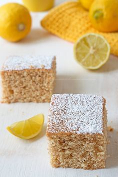Torta integrale al limone Sweet Recipes, Real Food Recipes, Dessert Recipes, Yummy Food, Desserts, My Favorite Food, Favorite Recipes, Plum Cake, Cake & Co