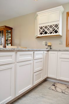 Bailey's Cabients. BaileyTown USA Select, Maple, Pearl finish, Vanderburgh door style Maple Cabinets, White Cabinets, Kitchen Cabinetry, Baileys, Kitchens, Pearl, Usa, Inspiration, Ideas
