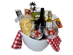Home Inspiration and DIY Crafts Ideas - Best 22 Pasta Gift Basket Ideas – Best Gift Ideas Collections Dyi Gift Baskets, Family Gift Baskets, Gift Card Basket, Homemade Gift Baskets, Raffle Baskets, Themed Gift Baskets, Wine Baskets, Family Gifts, Diy Xmas Gifts