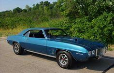 1969 Firebird 400 Hardtop 1969 Firebird, Pontiac Firebird, Bird Pictures, Car Painting, Muscle Cars, Cars For Sale, Dream Cars, Classic Cars, Iron