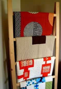 love the quilt rack - made by her dad