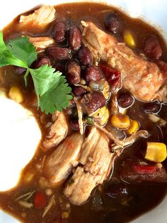 Skinnytaste's Slow Cooker Chicken Enchilada Soup | ReluctantEntertainer.com