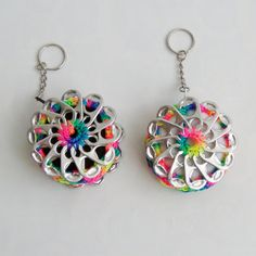 Articoli simili a Mini scheda Pop borsa portachiavi su Etsy Soda Tab Crafts, Bottle Top Crafts, Can Tab Crafts, Aluminum Can Crafts, Arts And Crafts, Crochet Keychain, Crochet Earrings, Pop Top Crochet, Pop Top Crafts