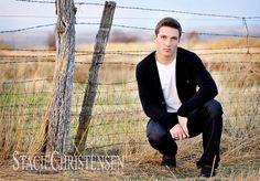 Rural senior picture ideas for guys. Rural senior pictures for guys. #ruralseniorpictures #seniorpictuerideasforguys