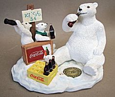 Coca Cola Polar Bears Figurine (Image1)