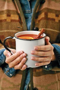 Wagon Wheel Apple Cider recipe from Aldas Magnolia Hill: Fall Favorites at Magnolia Hill. Fall Drinks, Christmas Diy, Holiday, Wagon Wheel, Moscow Mule Mugs, Apple Cider, Magnolia, Wedding Venues, Beverages