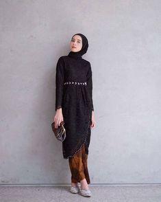 Fashion Hijab Dress Black Ideas - New Ideas Fashion Hijab Dress Black 56 Ideas Fashion Hijab Dress Kebaya Muslim, Kebaya Modern Hijab, Dress Brokat Modern, Model Kebaya Modern, Kebaya Hijab, Kebaya Dress, Kebaya Kutu Baru Modern, Dress Muslim Modern, Hijab Gown