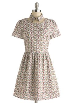 Super awesome paisley dress from Modcloth for $69.99. Love the detachable collar on it -- cool idea!