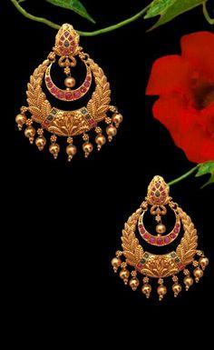 1 Gram Gold Jewellery, Gold Temple Jewellery, Gold Jewellery Design, Gold Jewelry, Gold Necklace, Chand Bali Earrings Gold, Rajputi Jewellery, Gold Earrings Designs, Ear Jewelry