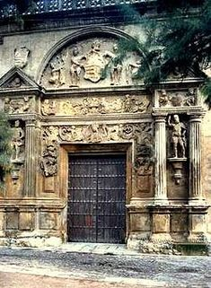 Antigua entrada del Museo Arqueológico, Etnológico de Córdoba.Portada del Palacio de los Páez Castillejo. Córdoba, España