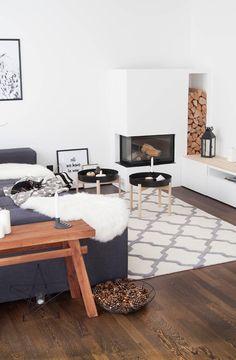 Home Decoration Online Stores Dark Floor Living Room, Boho Living Room, Home And Living, Living Room Decor, Ypperlig Ikea, Interior Paint, Interior Design, Dark Interiors, Home Kitchens