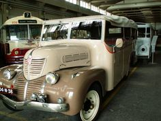 http://images.forum-auto.com/mesimages/311380/Bus (3).jpg
