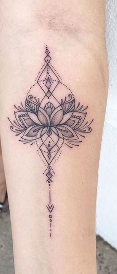 Tatoo - Tattoo vorlagen - The Effective Pictures We Offer You Ab Trendy Tattoos, Cute Tattoos, Flower Tattoos, Small Tattoos, Tattoos For Women, Tatoos, Tattoo Women, Unalome Tattoo, Lotusblume Tattoo