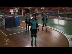 Roller Derby: Evasive Transitions With San Diego Derby Dolls - YouTube