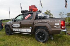 Volkswagen Amarok Pickup Arctic Wooden Pallet Wall, Pallet Walls, Vw Pickup Truck, Vw Amarok V6, Quad Bike, Amazing Cars, Toys For Boys, Cars Motorcycles, Offroad
