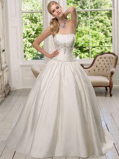 Miss Saburina Wedding&Co(ミスサブリナウエディング表参道) 優しさを奏でる気品溢れるマリエ。ゴージャスを併せ持つシンプル「シンフォニー」Miss Saburina Wedding&Co(ミスサブリナウエディング表参道)