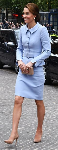 MailOnline's etiquette expert says there's no need for Kate to deploy her accessories as a...