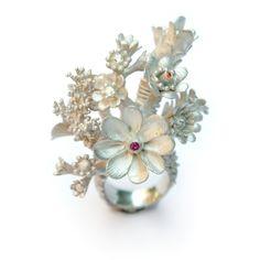 Nora Rachel - Jewelry Gallery - Jewelry Gallery - Ganoksin Orchid