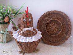 Поделка изделие Пасха Плетение Пасхальный наборчик и пара плетушек Бумага газетная Трубочки бумажные фото 1