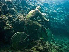 sculpture-dans-leau5 Jason DeCaires Taylor et ses fantastiques sculptures sous-marines