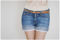 Pastill.nu: Jeans shorts with lace