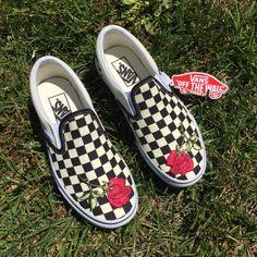 Vans Slip-On Rose custom Custom Slip On Vans, Custom Shoes, Nike Cortez Blue, Homemade Shoes, Vans Shoes Fashion, Rainbow Vans, Rose Vans, Yellow Vans, Scouts
