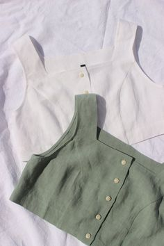 Ilana Kohn Ginny Crop on Garmentory Tank Top Outfits, Diy Clothes Tops, Clothes Refashion, Clothing Photography, Made Clothing, Classic Outfits, Looks Style, Aesthetic Clothes, Fashion Outfits