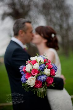 Love this beautiful bouquet of roses and hyacinths in red, blue & white - Joanne Spencer Photography