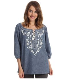 Tommy Bahama peasant blouse at Adventures in Paradise Peasant Blouse, Linen Dresses, Tommy Bahama, Diy Fashion, Chambray, Designer Dresses, Tunic Tops, Embroidered Tops, My Style
