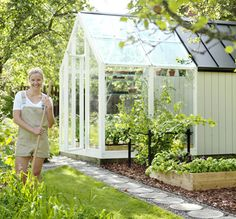 garden shed with a greenhouse at one end Greenhouse Shed Combo, Dome Greenhouse, Backyard Greenhouse, Backyard Sheds, Chickens Backyard, Raised Garden Bed Plans, Natural Garden, Garden Structures, Garden Beds
