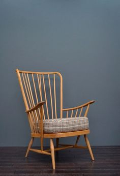 Vintage Retro Mid Century Ercol Beech and Elm Lounge Armchair Ercol Furniture, Rocking Chair, Retro Vintage, Armchair, Mid Century, Lounge, Ebay, Home Decor, Chair Swing