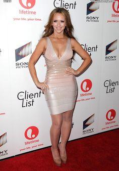 Beautiful Celebrities, Gorgeous Women, Jennifer Love Hewitt Bikini, Jeniffer Love, Cream Color Dress, Up Girl, Jennifer Aniston, Sexy Dresses, Ideias Fashion