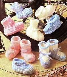 Knitting Pattern for vintage Baby Shoes & Bootees DK & 4 ply mths Knitting For Kids, Double Knitting, Baby Knitting Patterns, Baby Patterns, Vintage Patterns, Crochet Patterns, Baby Bootees, Baby Shawl, Knit Baby Booties