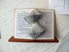 40+ Inspiring Book & Paper Sculptures