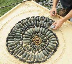 Step by Step to Create a Garden Pebble Mosaic - Info Center | Stonebtb.com