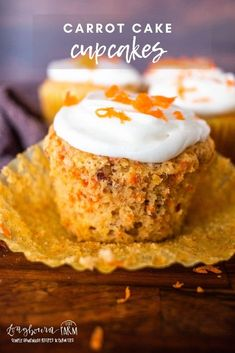 Carrot cake is a popular dessert and the best recipe is right here! Sweet with a hint of spice and lots of carrot flavor without being heavy. Homemade Desserts, Best Dessert Recipes, Sweet Desserts, Cupcake Recipes, Holiday Recipes, Holiday Ideas, Delicious Desserts, Snack Recipes, Snacks