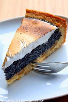 Mohn-Marzipan-Kuchen mit Baiser