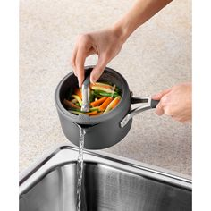 Measure, cook and strain in the same pot- makes steamed veggies, spaghetti and Mac N Cheese easier than ever! Convenient #cooking