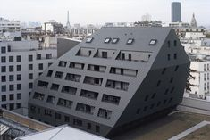 The project that RATP has entrusted to us consists of the realization of 2 housing buildings imbricated with a bus center. In a specific and referenced work based on emblematic Parisian operatio...