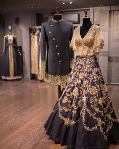 Nomi Studio – Bespoke Bridals The Effective Pictures We Offer You About Groom Outfit formal A quality picture can tell you many things. You can find the most beautiful pictures that can be presented t Designer Bridal Lehenga, Indian Bridal Lehenga, Indian Wedding Outfits, Indian Outfits, Couple Wedding Dress, Indian Groom Wear, Indian Wear, Lehnga Dress, Lehenga Blouse