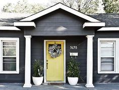 grey exterior house colors Ideas Exterior House Colors Grey Yellow Doors For 2019 Exterior Gray Paint, Exterior Paint Schemes, Exterior Paint Colors For House, Paint Colors For Home, Exterior Colors, Exterior Design, Paint Colours, Grey Paint, Yellow House Exterior