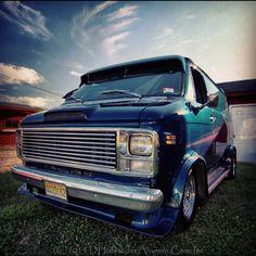 Custom 70's street Van