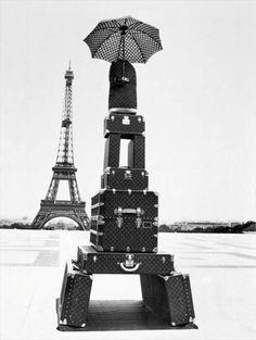 Paris Tower - #luggage #baggage #umbrella #chic ✔