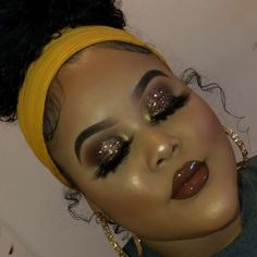 Look at the webpage to see more on eye makeup looks and trends Glitter Makeup Looks, Prom Makeup Looks, Glam Makeup Look, Glamour Makeup, Black Girl Makeup, Cute Makeup, Girls Makeup, Pretty Makeup, Instagram Baddie